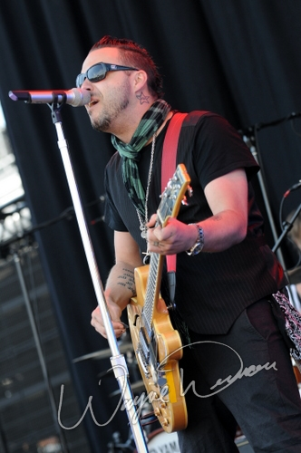 Live concert photography of Blue October at Columbus Crew Stadium in Columbus, OH by Wayne Dennon © Dennon Photography
