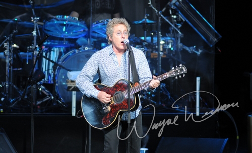 Live concert photography of Roger Daltry at Riverbend Music Center in Cincinnati, OH by Wayne Dennon © Dennon Photography