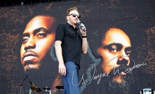 Live concert photography of Damian Marley & Nas at Bonnaroo in Manchester, TN by Wayne Dennon © Dennon Photography