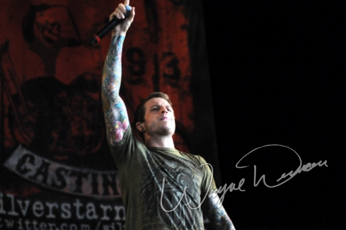 Live concert photography of Atreyu at Riverbend Music Center in Cincinnati, OH by Wayne Dennon © Dennon Photography