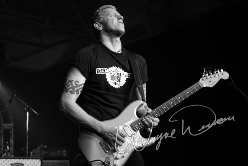 Live concert photography of Gary Hoey at Dallas Market Hall in Dallas, TX by Wayne Dennon © Dennon Photography