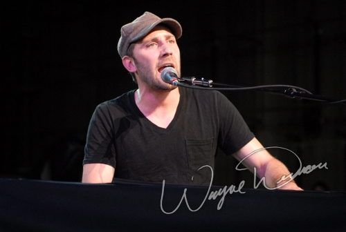 Live concert photography of Mat Kearney at Riverbend Music Center in Cincinnati, OH by Wayne Dennon © Dennon Photography
