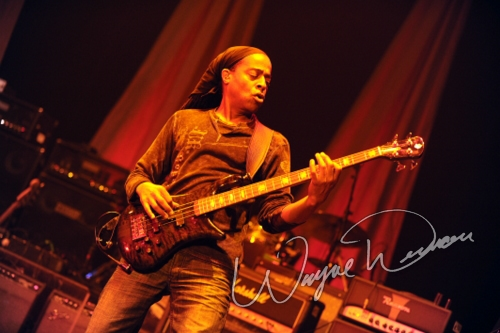Live concert photography of Steve Vai at Taft Theatre in Cincinnati, OH by Wayne Dennon © Dennon Photography