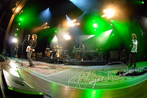 Live concert photography of Incubus at Riverbend Music Center in Cincinnati, OH by Wayne Dennon © Dennon Photography
